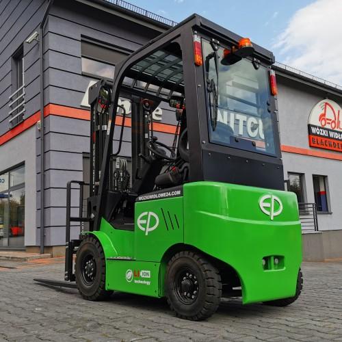 Elektryczny wózek widłowy EFL181